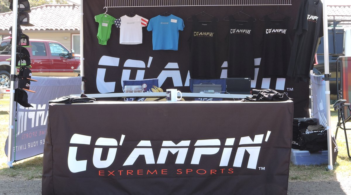 Co' Ampin' Clothing Stand